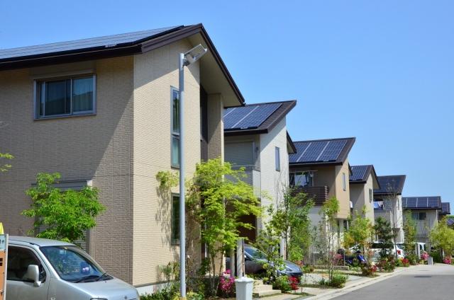 太陽光発電は儲かるのか
